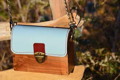 Wooden handbag 1 resmi