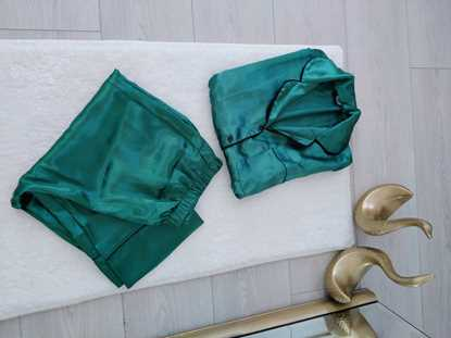 Picture of Yeşil Saten Pijama Takımı