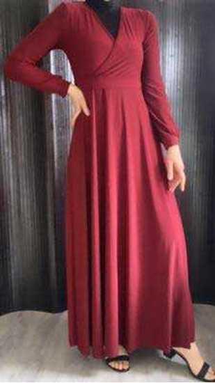 Bordo kruvaze yaka uzun elbise resmi